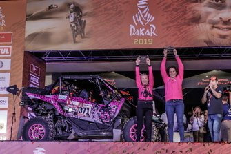 Podyum: #371 Yamaha: Camelia Liparoti, Rosa Romero