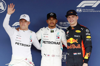 Pole sitter Lewis Hamilton, Mercedes AMG F1, second place Valtteri Bottas, Mercedes AMG F1, third place Max Verstappen, Red Bull Racing