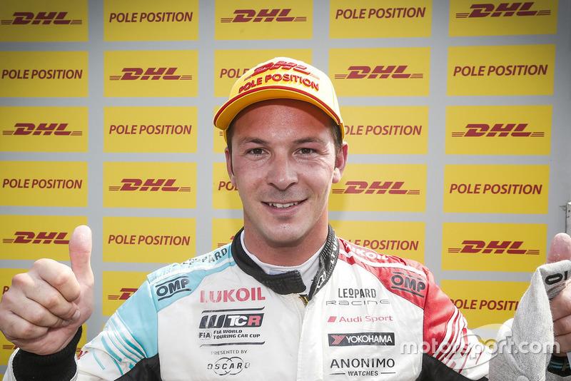 Pole sitter Jean-Karl Vernay, Audi Sport Leopard Lukoil Team Audi RS 3 LMS
