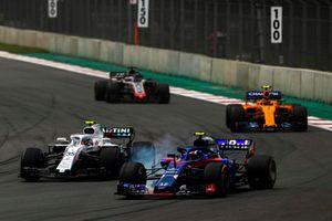 Pierre Gasly, Scuderia Toro Rosso STR13, Sergey Sirotkin, Williams FW41, Stoffel Vandoorne, McLaren MCL33, y Romain Grosjean, Haas F1 Team VF-18