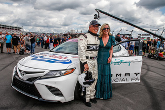 Brett Bodine with Sherry Pollex, girlfriend of Martin Truex Jr., Furniture Row Racing, Toyota Camry Auto-Owners Insurance, will drive the Toyota Camry pace car to start the race