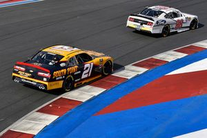 Chase Briscoe, Biagi-DenBeste Racing, Ford Mustang Nutri Chomps/Ford and Daniel Hemric, Richard Childress Racing, Chevrolet Camaro South Point Hotel & Casino
