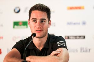 Stoffel Vandoorne, HWA Racelab, in de persconferentie