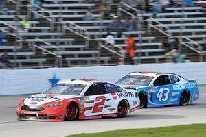 Brad Keselowski, Team Penske, Ford Fusion Wurth, Darrell Wallace Jr., Richard Petty Motorsports, Chevrolet Camaro NASCAR Racing Experience