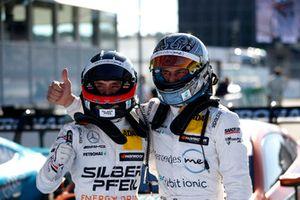 Polesitter Lucas Auer, Mercedes-AMG Team HWA en Gary Paffett, Mercedes-AMG Team HWA