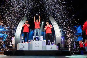 Podio de la Final Mundial FIA GT Sport