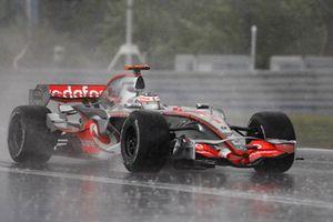 Fernando Alonso, McLaren MP4-22 Mercedes