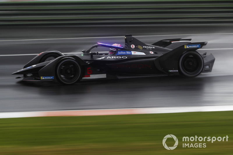 Maximilian Günther, Dragon Racing, Penske EV-3 with the new hyper boost LED lights on the halo
