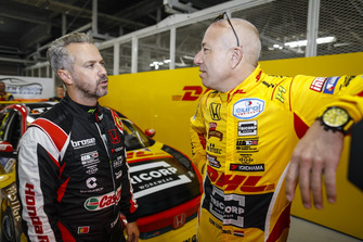 Tiago Monteiro, Boutsen Ginion Racing Honda Civic Type R TCR, Tom Coronel, Boutsen Ginion Racing Honda Civic Type R TCR