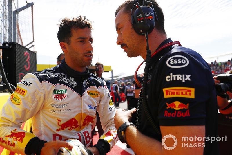 Daniel Ricciardo, Red Bull Racing, en la parrilla