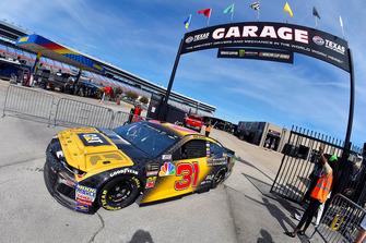 Ryan Newman, Richard Childress Racing, Chevrolet Camaro Caterpillar Next Gen Excavator