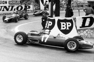 Graham Hill, BRM P261, Lorenzo Bandini, Ferrari 1512