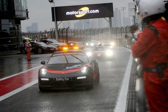 Porsche Güvenlik aracı