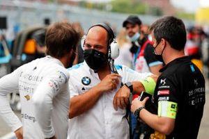 Antonio Felix da Costa, DS Techeetah, talks to a BMW team member