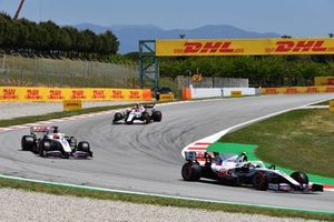 Mick Schumacher, Haas VF-21, Nikita Mazepin, Haas VF-21, and Antonio Giovinazzi, Alfa Romeo Racing C41