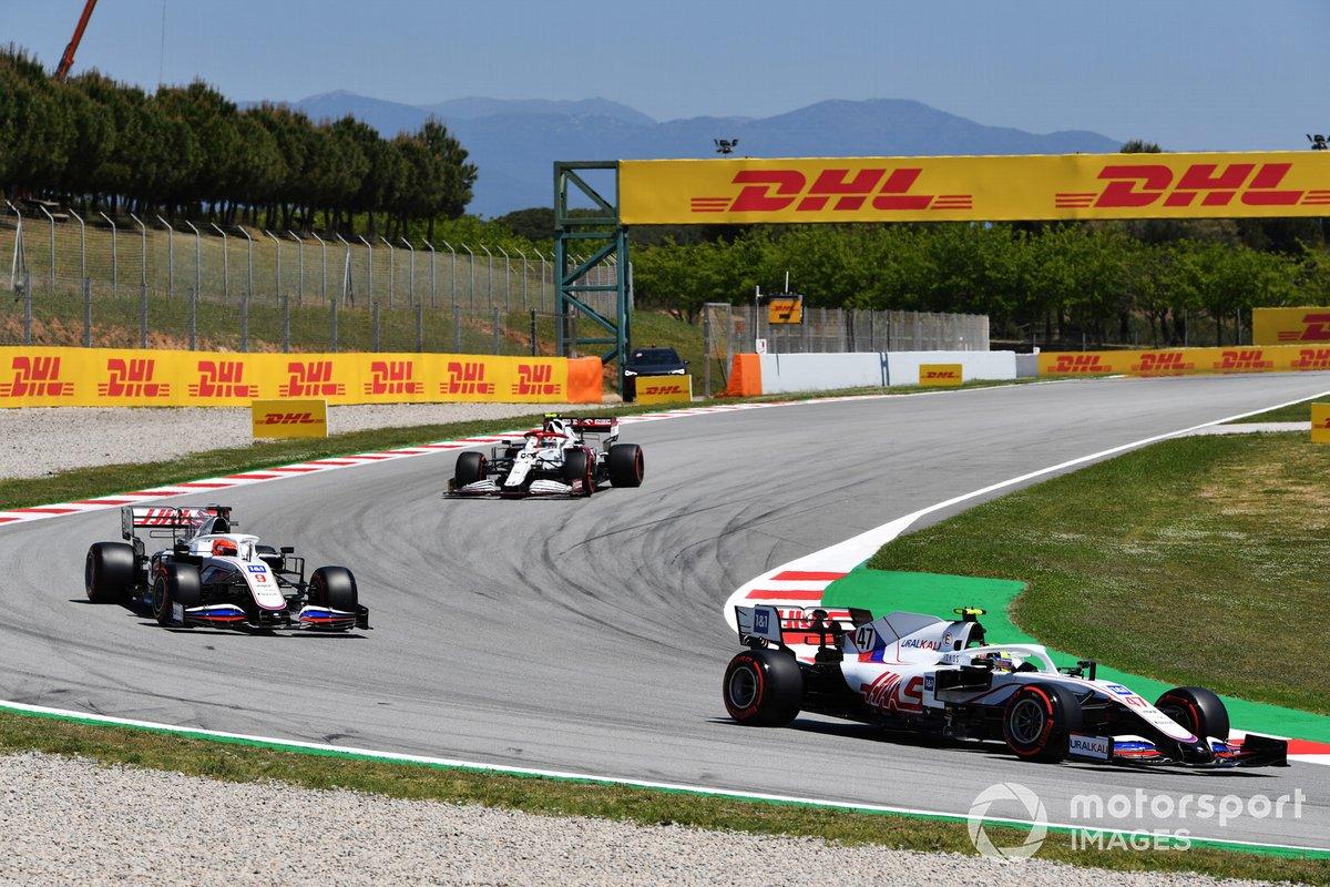 Mick Schumacher, Haas VF-21, Nikita Mazepin, Haas VF-21, Antonio Giovinazzi, Alfa Romeo Racing C41