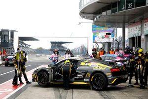 #53 GITI Tire Motorsport by WS Racing Audi R8 LMS: Carrie Schreiner, Celia Martin, Pippa Mann, Christina Nielsen