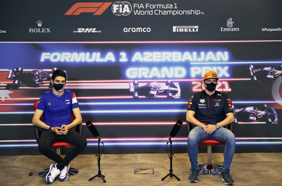 Esteban Ocon, Alpine y Max Verstappen, Red Bull Racing