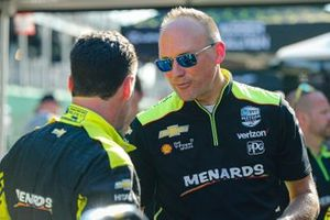 Simon Pagenaud, Team Penske Chevrolet and engineer
