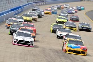 Austin Cindric, Team Penske, Ford Mustang Car Shop, Kyle Busch, Joe Gibbs Racing, Toyota Supra M&M's