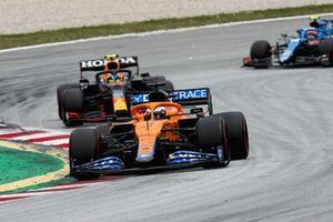 Daniel Ricciardo, McLaren MCL35M, Sergio Perez, Red Bull Racing RB16B, and Esteban Ocon, Alpine A521