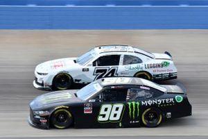 Riley Herbst, Stewart-Haas Racing, Ford Mustang Monster Energy, Bayley Currey, Mike Harmon Racing, Chevrolet Camaro REEL