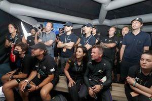 Sebastien Loeb, X44 and Cristina Gutierrez, X44 with team members