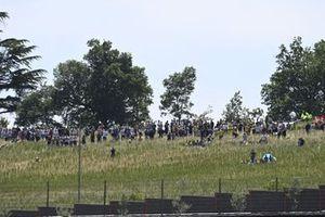 Fans fuera del circuito