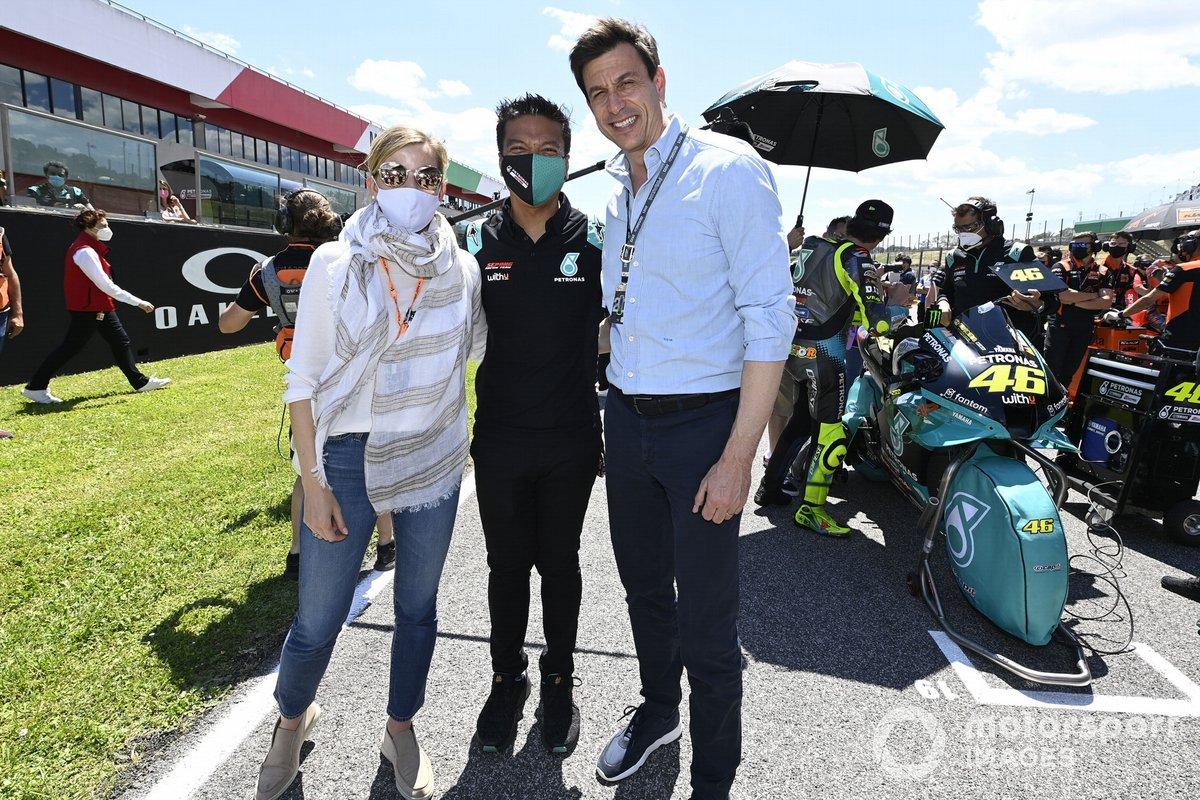 Toto Wolff, director del equipo y consejero delegado de Mercedes AMG , Razlan Rizali, Petronas Yamaha SRT, Susie Wolff, directora del equipo Venturi Racing
