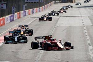 Charles Leclerc, Ferrari SF21, Lewis Hamilton, Mercedes W12, and Max Verstappen, Red Bull Racing RB16B