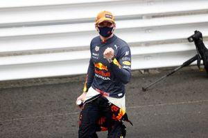 Max Verstappen, Red Bull Racing, primo classificato, festeggia al Parc Ferme