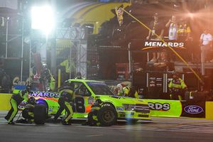 Matt Crafton, ThorSport Racing, Ford F-150 Ideal Door/Menards makes a pit stop
