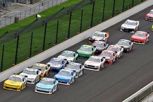 Austin Dillon, Kaulig Racing, Chevrolet Camaro Phone Skope / Berry's Bullets and Matt Tifft, Richard Childress Racing, Chevrolet Camaro Surface Sunscreen