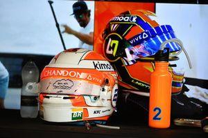 I caschi di Stoffel Vandoorne, McLaren e Lando Norris, McLaren