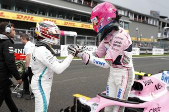 Polesitter Lewis Hamilton, Mercedes AMG F1, derde plaats Esteban Ocon, Racing Point Force India VJM11