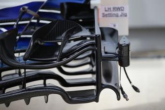 Alerón delantero McLaren MCL33 con cámara