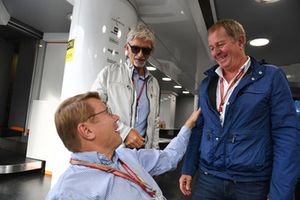 Mika Hakkinen (FIN), Martin Brundle, Sky TV en Damon Hill, Sky TV