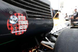 James Hinchcliffe, Schmidt Peterson Motorsports Honda, mit Gruß an Robert Wickens