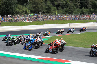 Marco Bezzecchi, Prustel GP, leads