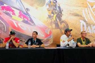 Nani Roma, Alex Haro, Ari Vatanen y Pedro Bianchi en la presentación de 'Dakar 18'