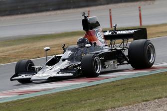 Ben Anderson, Lola T332 F5000
