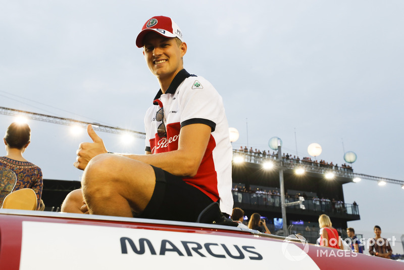 Marcus Ericsson, Sauber, on the drivers' parade