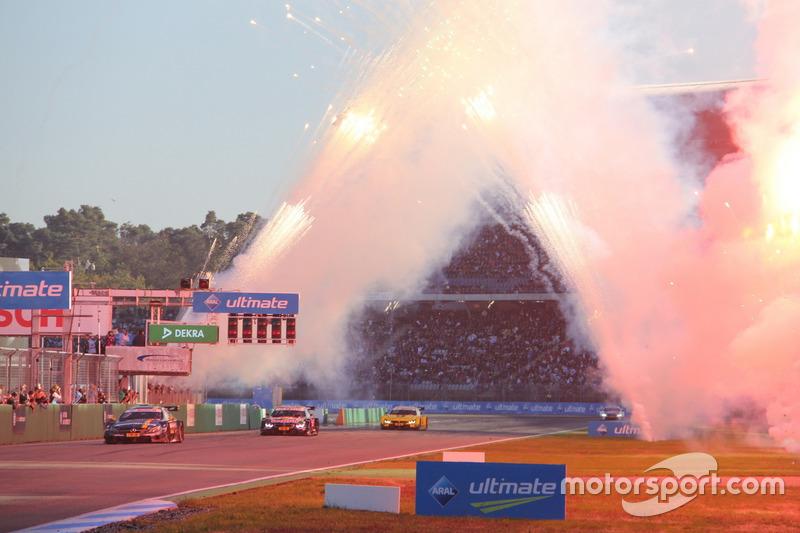 Paul Di Resta, Mercedes-AMG Team HWA, Mercedes-AMG C63 DTM; Marco Wittmann, BMW Team RMG, BMW M4 DTM; Timo Glock, BMW Team RMG, BMW M4 DTM