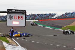 Маркус Ерікссон, Sauber C35, аварія у третій практиці