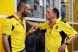 Cyril Abiteboul, Directeur Général Renault Sport F1 et Frédéric Vasseur, Directeur Sportif Renault Sport F1 Team