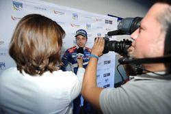 Yarış galibi Matevos Isaakyan, SMP Racing