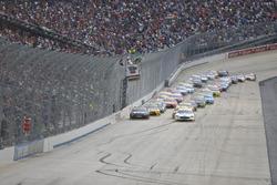 Start: Brad Keselowski, Team Penske, Ford, führt