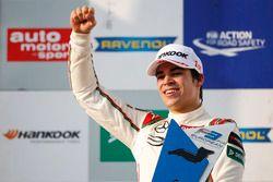Podium: Lance Stroll, Prema Powerteam Dallara F312 – Mercedes-Benz