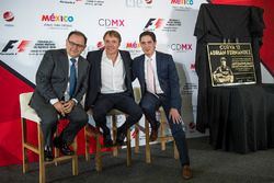Federico Gonzalez Compean, Geschäftsführer von CIE; Adrian Fernandez; Rodrigo Sanchez, Marketingleit