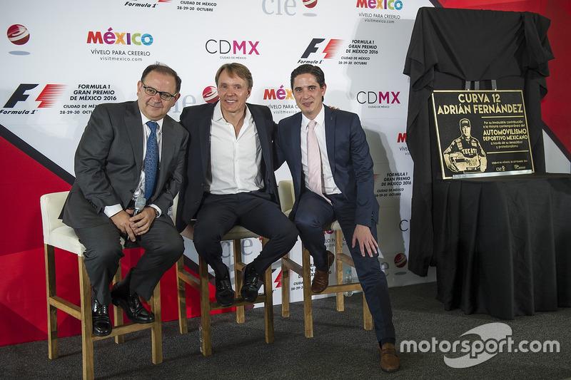Federico Gonzalez Compean, General Director CIE, Adrian Fernández, Rodrigo Sánchez, CIE Director de